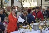 Skierniewiczanie święcili potrawy wielkanocne. Tłumy w skierniewickich kościołach [ZDJĘCIA, FILM]