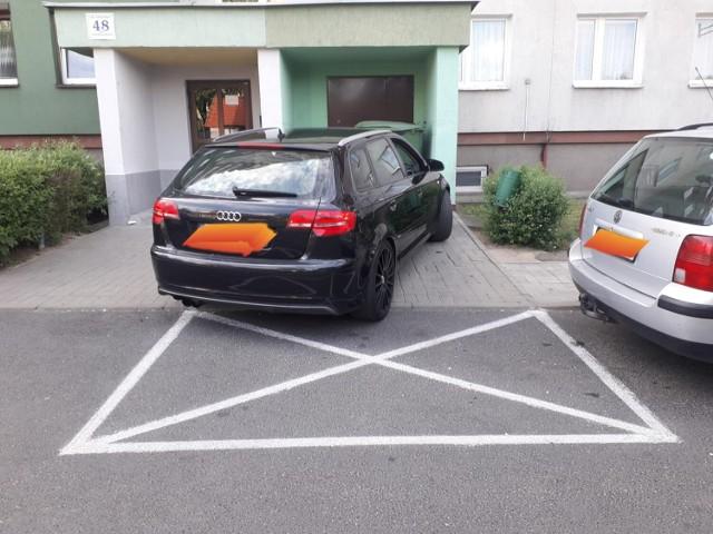 Najnowsze zdjęcia. Jak oni parkują?