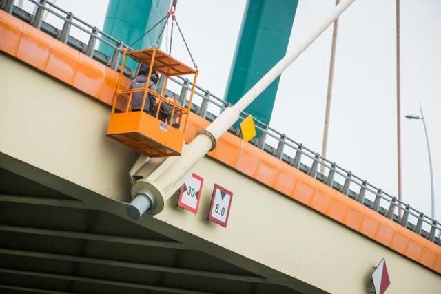 Komisja doraźna miałaby czuwać nad procedurą naprawiania mostu Uniwersyteckiego.