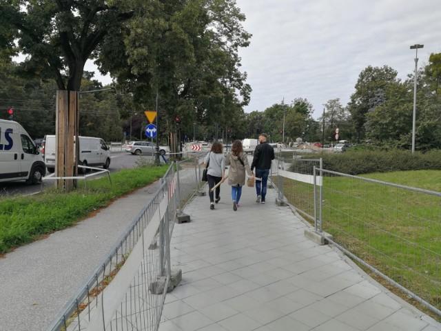 Przed końcem roku, jeśli nie pojawią się niespodziewane przeszkody, powinna zakończyć się przebudowa alei Św. Jana Pawła II i placu Niepodległości wraz z odcinkami sąsiednich ulic.