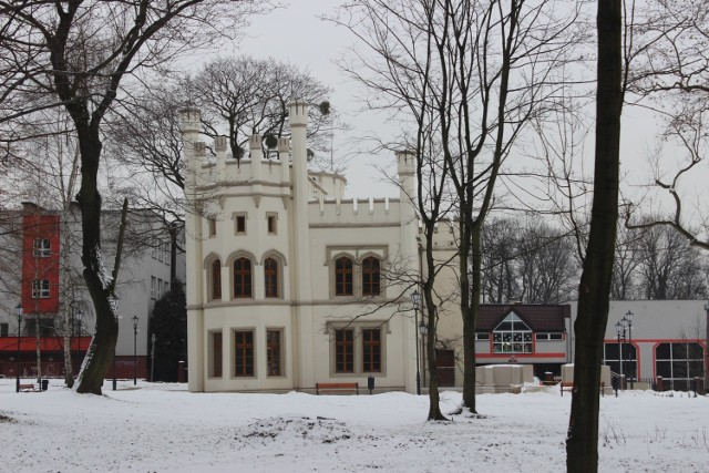 Zimową porą warto odwiedzić Miechowice, dzielnicę Bytomia. Jest tu park oraz - przede wszystkim - pałac Tiele-Wincklerów. Zobacz kolejne zdjęcia >>>