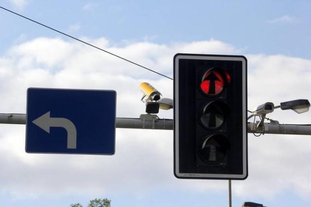Nowe sygnalizatory w Zabrzu. Czerwone światło na przejściach dla pieszych