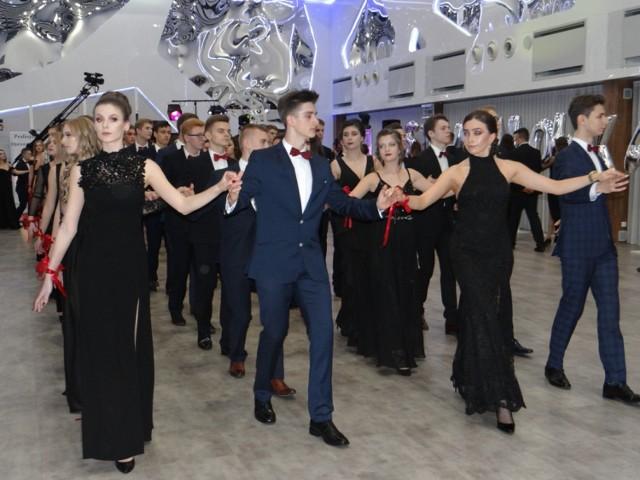 Studniówka Radomsko 2018: Studniówka II LO