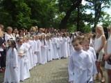 Pruszcz Gd.: I Komunia Święta w kościele Podwyższenia Krzyża Świętego [ZDJĘCIA, WIDEO]