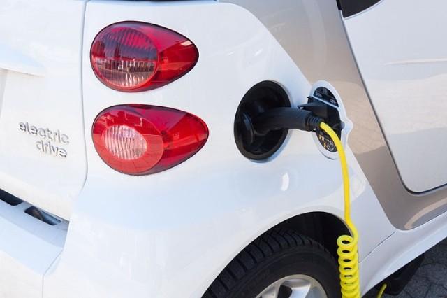 W Pobiedziskach można już naładować auto elektryczne