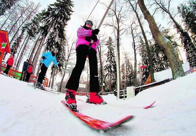 Zapraszamy na narty do Jedliny-Zdroju. To idealne miejsce na wyprawę dla całej rodziny
