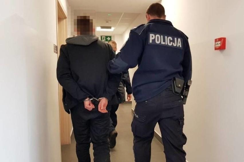 22- latek  został aresztowany 29 października 2019 roku. Od...