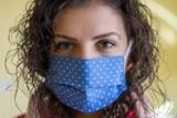 Lekarze: Nie wystawiamy zaświadczeń o przeciwwskazaniach do noszenia maseczek! Osoby mające problemy oddechowe, powinny je nosić