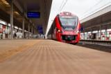SKM wdraża system wspierania ekojazdy. Aplikacja wskaże kierującemu pociągiem, kiedy przyspieszyć lub zahamować