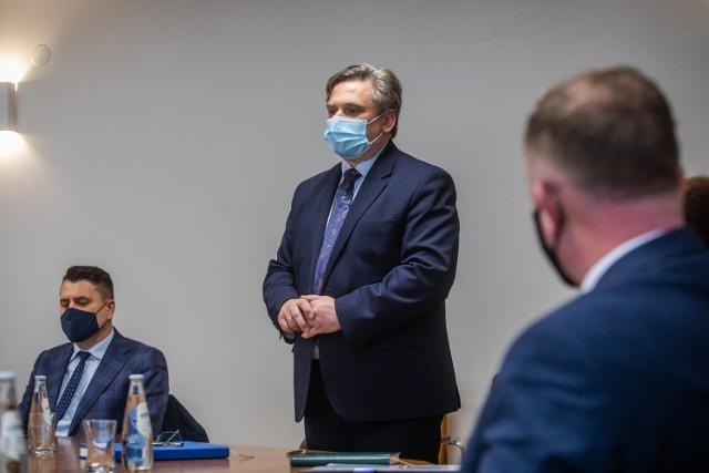Mariusz Tarsa, wójt gminy Łużna: liczę w ciągu najbliższych lat uda nam się przynajmniej zainicjować budowę infrastruktury wodnej, podobnie jak to już się dzieje z siecią kanalizacyjna