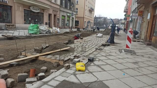 Kalisz: Przebudowa ulic Śródmiejskiej i Zamkowej wkracza w kolejny etap
