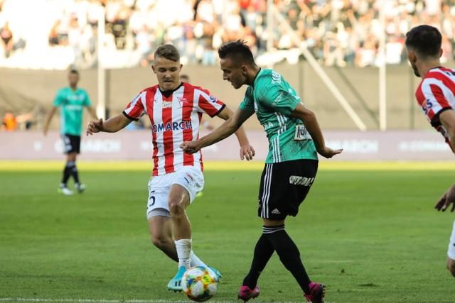 Michał Rakoczy ma 19 lat, w ekstraklasie zagrał do tej pory 10 meczów, strzelił 1 gola