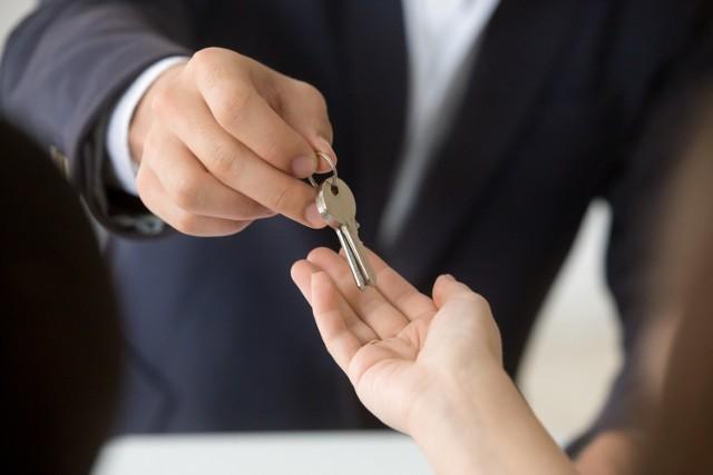 Marże deweloperskie przy sprzedaży mieszkania są dziś wysokie, jednak marża nie jest równoznaczna z zyskiem.