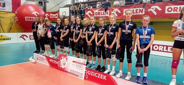 Drużyna MKS ''Dwójka Zawiercie'' z tytułem Wicemistrzyń Polski