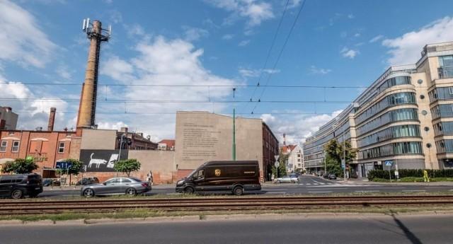 Rok temu przekazano Papiernię Uniwersytetowi Artystycznemu - już wtedy mówiono, że trzeba obowiązkowo przygotować plan zagospodarowania przestrzennego dla rejonu Szyperskiej. Tutejsze inwestycje nie są w żaden sposób skoordynowane urbanistycznie