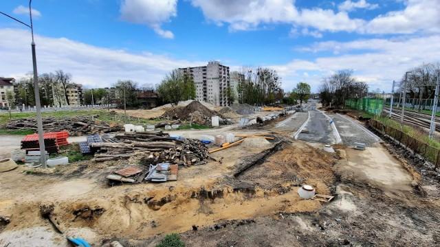 Opole Zachodnie. Postępuje realizacja centrum przesiadkowego. Przy stacji kolejowej będą nowe utrudnienia