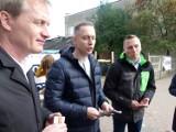 """Koalicja Obywatelska ruszyła z akcją wyborczą  """"Silni razem """" w Zduńskiej Woli [zdjęcia i video]"""