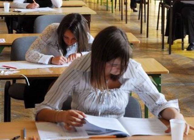 Próbny egzamin gimnazjalny rusza 7 grudnia. Zobacz odpowiedzi, ...