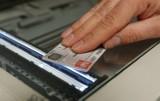 """""""Sułtan"""" kierował gangiem podrabiającym dokumenty. Prokuratura w Opolu zakończyła śledztwo"""