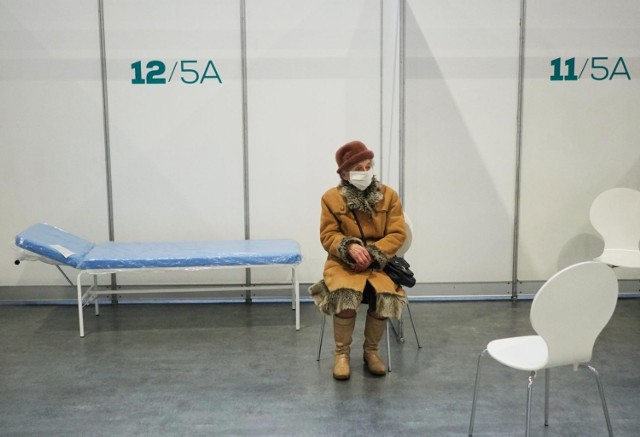 Punkt rozpoczął swoją działalność 11 stycznia. W środę po raz ostatni można było przyjąć tam szczepienie przeciw koronawirusowi