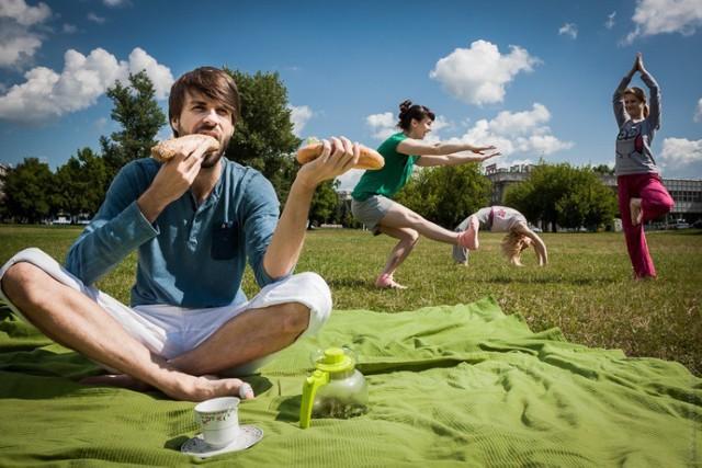 Miłośnicy aktywności pod chmurką mogą potrenować jogę i taniec ...