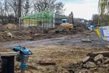 """Trwa budowa przy dawnej fabryce kontenerów """"Unikon"""" w Szczecinie. Co tam powstanie?"""