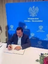 Podpisano porozumienie na rzecz rozwoju morskiej energetyki wiatrowej z udziałem Łeby. W Łebie ma powstać port serwisowy dla farm wiatrowych