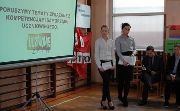 Aleksandra Pigoń i Oliwia Walada z PG 3