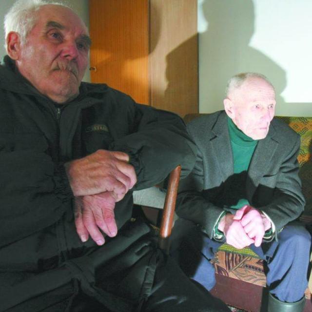O wydarzeniach z 1954 roku historykom opowiedzieli Stefan Półtorak (z lewej)  i Tadeusz Kryński
