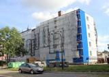 Budynek przy Grudziądzkiej 8 w trakcie remontu. Pierwszy etap prac dobiega końca