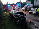 Groźny wypadek w Jastrzębiu. Citroen i peugeot zderzyły się na skrzyżowaniu Pszczyńskiej i Grodzkiej. 51-latka trafiła do szpitala