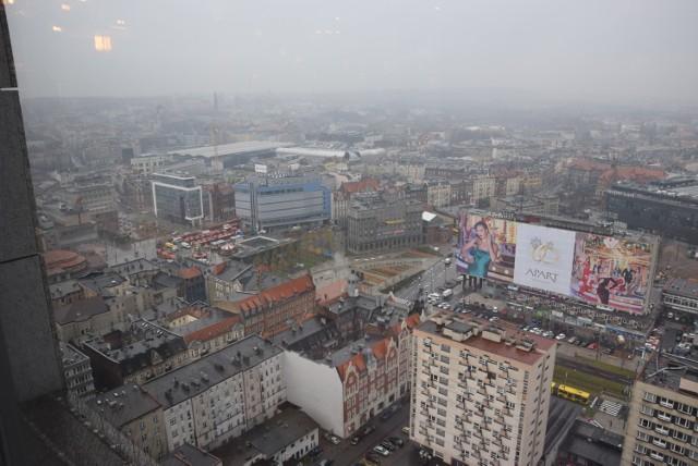 Katowicki rynek z 27. piętra wieżowca Altus