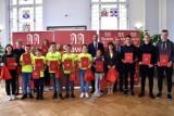 MKS Święc Sławno - w ratuszu - odebrał gratulacje od burmistrza ZDJĘCIA