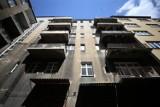 Tak złodzieje oznaczają mieszkania, które chcą okraść. Znalazłeś to? Uważaj!