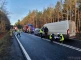 Dwa wypadki niemalże w tym samym miejscu na drodze krajowej nr 45 na wysokości Lasowic Wielkich