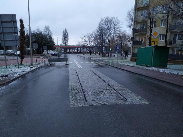 Na wyremontowanej ulicy Łukasińskiego w Częstochowie pozostawiono ślad historii tramwajów miejskich