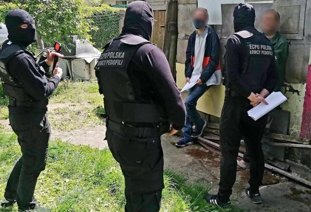 Bracia zostali zatrzymani przez łowców pedofilów w poniedziałek, około południa, w Osielsku