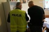 Żory: obrażał w sieci obcokrajowców. W mieszkaniu konstruował broń. Policyjny dozór nie pomógł, dlatego 45-latka aresztowano