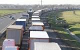 Pod Wrocławiem na A4 doszło do wypadku. Korek sięga ponad 10 km!