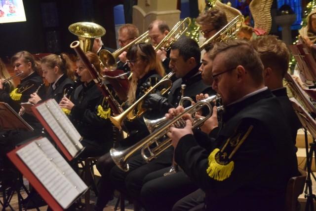 Koncert kolędowy w wykonaniu Reprezentacyjnej Orkiestry Dętej PGG w kościele bł. Karoliny w Tychach