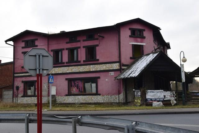 Opuszczony klub nocny w Woźnikach w powiecie lublinieckim