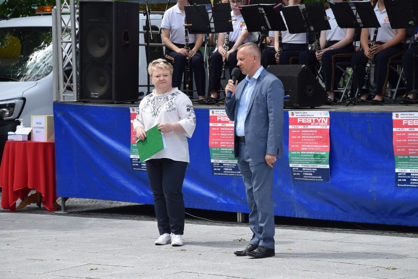 Festyn Eko Art w Sokółce. Był jarmark, występy muzyczne i dużo atrakcji dla dzieci