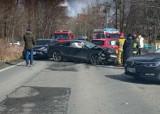 Zobacz zdjęcia z groźnego wypadku pod Wrocławiem. Zderzyły się trzy auta