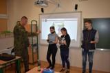 Koronawirus Koluszki. Uczniowie uczyli się, jak prawidłowo myć ręce i chronić się przed koronawirusem