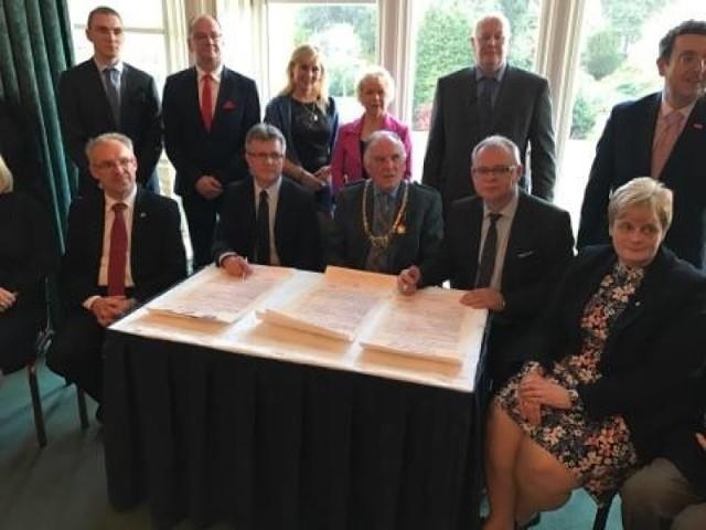 Podpisanie układu partnerskiego Falkirk-Chełmno w Szkocji