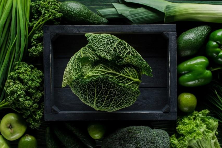 Chlorofil to barwnik roślinny występujący w zielonych...