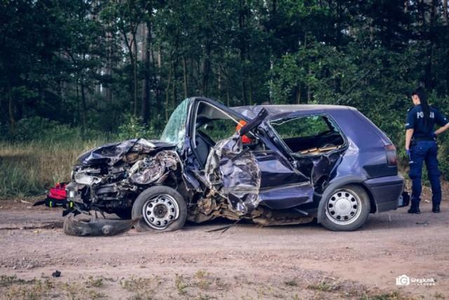 Wypadek w Murowańcu koło Koźminka. Nie żyje nastoletni kierowca