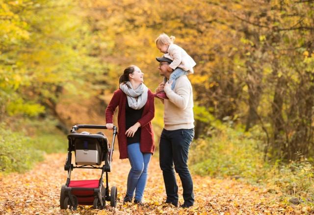 Niezależnie od pory roku wychodząc z domu z niemowlakiem, czy to ze starszym dzieckiem, każda mama musi być przygotowana na wszystko.