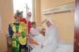 """Wolontariusze fundacji """"Mam Marzenie"""" odwiedzili małych pacjentów sztumskiego szpitala [ZDJĘCIA]"""