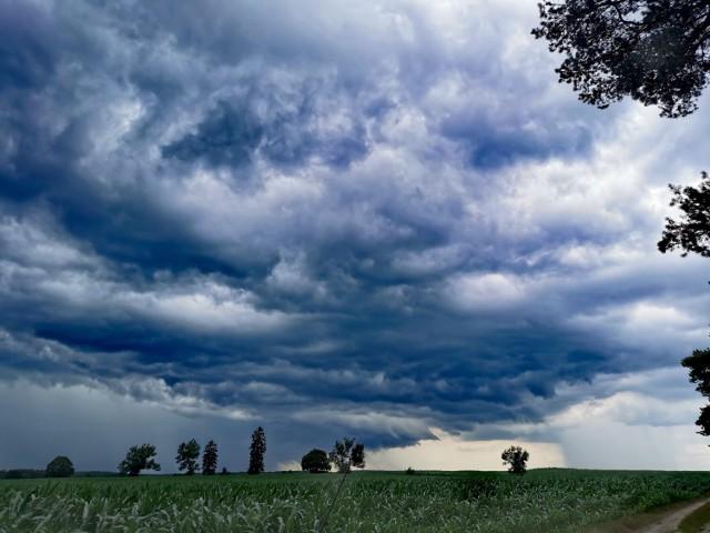 Burza nad powiatem człuchowskim oraz nad Pomorzem